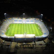 Instalacion-de-iluminacion-estadio-San-Carlos-de-Apoquindo-Universidad-Católica
